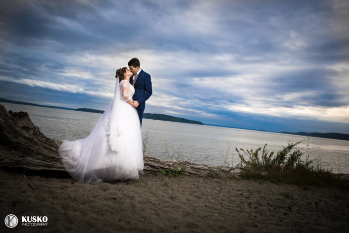 dramatic-sky-wedding-photography-seattle-2