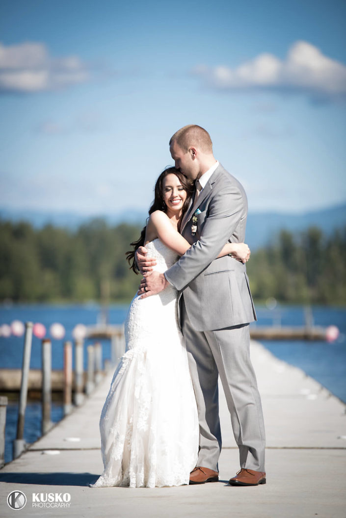 love-on-the-dock-tacoma-wedding-photographer