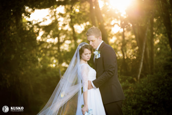 lovely-sun-glare-tacoma-wedding