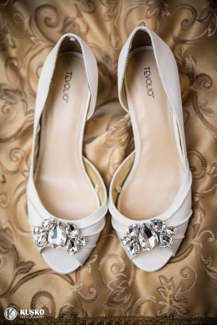 the-bridal-shoes-chambers-bay-wedding